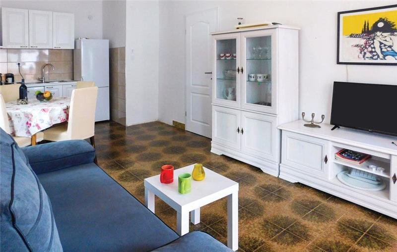 2-Bedroom Apartment near Sucuraj, Hvar island,Sleeps 4-6