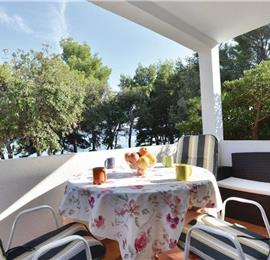 2-Bedroom Apartment near Sucuraj, Hvar island,Sleeps 4-6