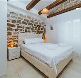 5 x 1 Bedroom Apartments in Budva Old Town, Sleeps 2-4