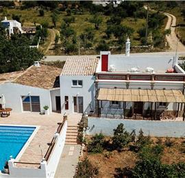4 Bedroom Villa With Pool and Garden near Santa Barbara in the Algarve, Sleeps 8