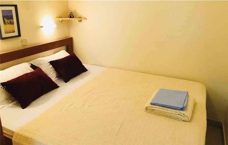6 Bedroom Villa with Sea View near Jelsa, Hvar Island, Sleeps 12