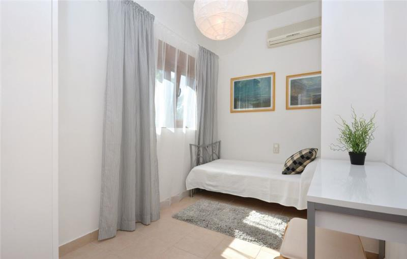 4- Bedroom Villa with Pool near Jelsa, Hvar Island, Sleeps 6