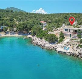 2-Bedroom Waterfront Villa near Zastazisce, Hvar Island, Sleeps 6