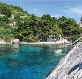 4-Bedroom Waterfront Villa near Zarace, Hvar Island, Sleeps 7