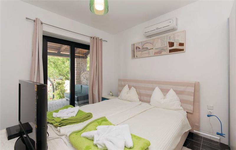 7 Bedroom Villa with Pool on Rab Kampor, Rab Island Sleeps 14