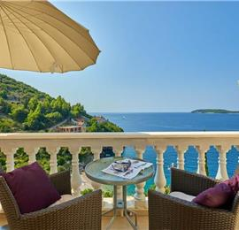 4 Bedroom Apartment with Balcony and Sea View in Vrbica near Dubrovnik, Sleeps 8-12