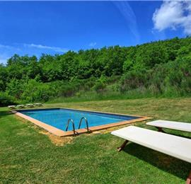 4 Bedroom Villa with Pool near Sarteano, Sleeps 8-9