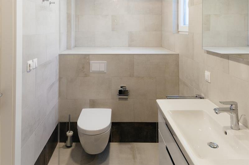 2 x 3 Bedroom Villa with Pool and Sea View near Trogir, Sleeps 6-8