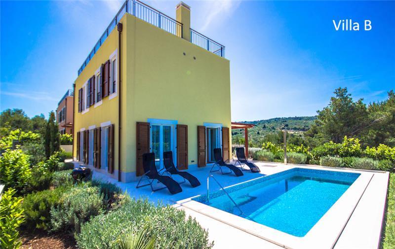 Selection of 3 Bedroom Villas with Pool in Splitska on Brac Island, Sleeps 5-8