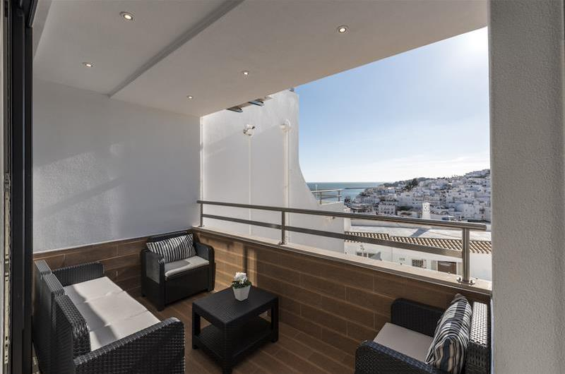 2 Bedroom Apartment with Balcony and Views of the Old Town in Albufeira, Sleeps 4-5