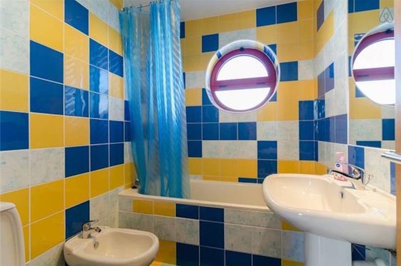5 Bedroom Villa with Pool and Marina views in Albufeira Marina, Sleeps 9-10