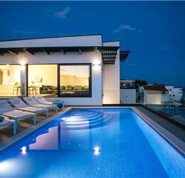 4 Bedroom Villa with Pool on Ciovo Island near Trogir, Sleeps 8