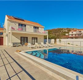 2 Bedroom Villa with Pool near Dubrovnik, Sleeps 4-6