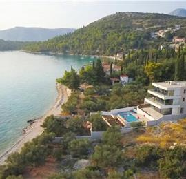 6 Bedroom Seafront Villa with Pool near Slano, Sleeps 12-14