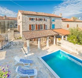 3 Bedroom Villa with Pool near Vrsar, Sleeps 6