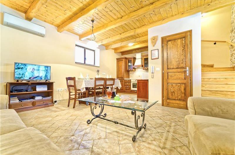 3 Bedroom Villa with Pool near Vrsar, Sleeps 6