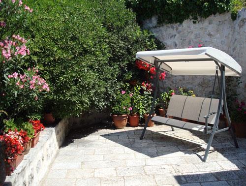 4 Bedroom Seaside Villa with Pool in Mlini near Dubrovnik, Sleeps 8