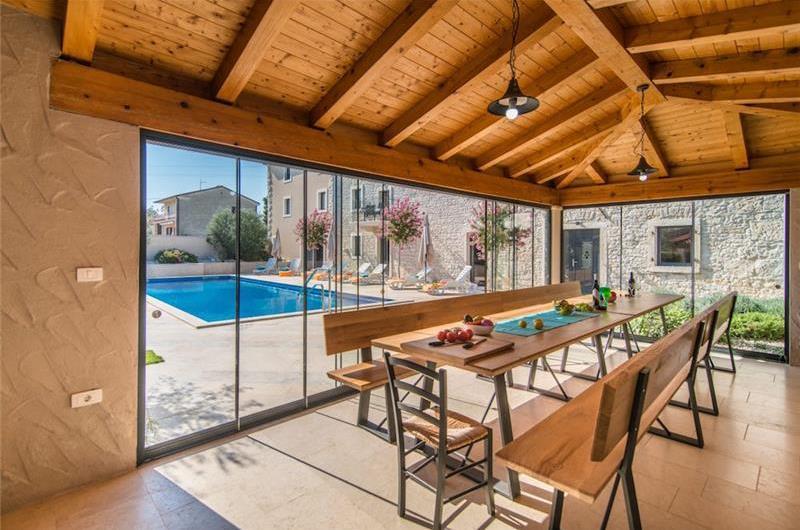 Large Istrian Country Villa with Pool near Sveti Lovrec, Sleeps 18-20