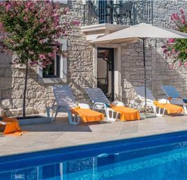 Large Istrian Country Villa with Pool near Sveti Lovrec, Sleeps 18-20