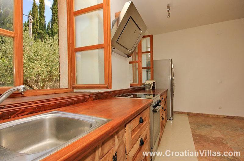 5 Bedroom Villa with Pool in Konavle Valley, Sleeps 10-12