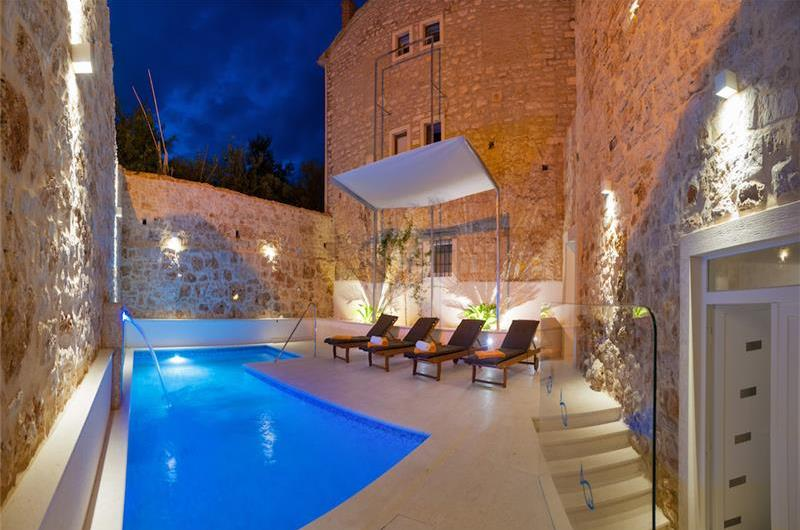 5 Bedroom Villa with Jacuzzi and Swimming Pool in the centre of Bol on Brac Island, Sleeps 10-12