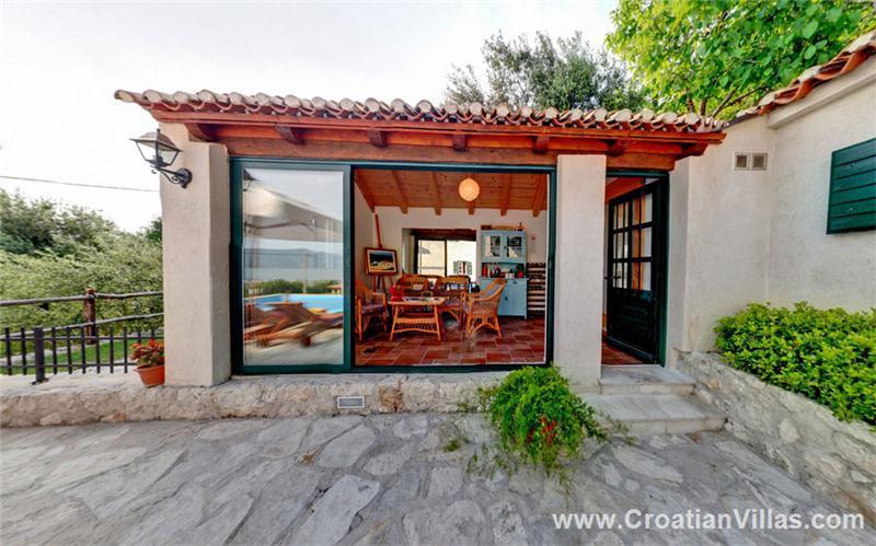 5 bedroom Villa with Pool in Konavle, Sleeps 9-11