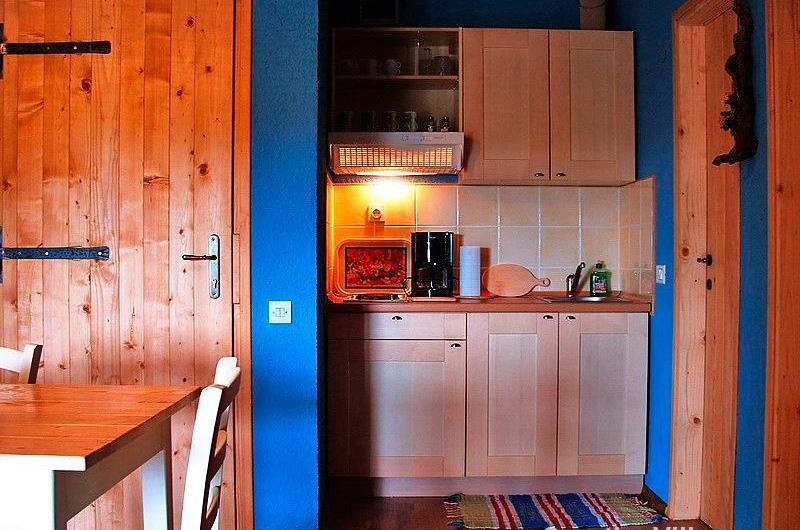 1 Bedroom Apartment with Pool Near Pula, Sleeps 2-4