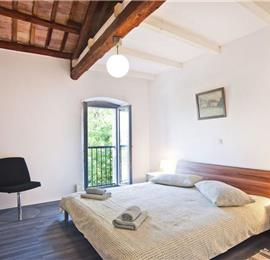 2 Bedroom Villa with Pool in Stifanici near Baderna, Sleeps 4