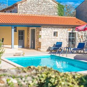 3 Bedroom House with Pool in Stifanici near Baderna, sleeps 6