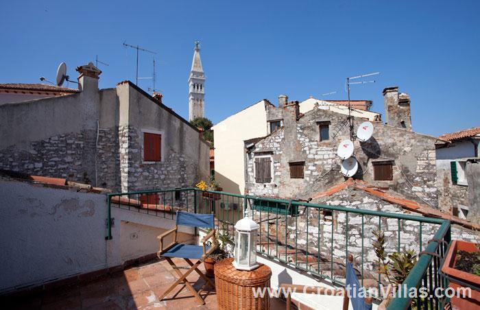 2 Bedroom Town House in Rovinj, Sleeps 3-5