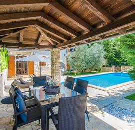 3 Bedroom Istrian Villa with Pool near Sveti Lovrec, sleeps 6