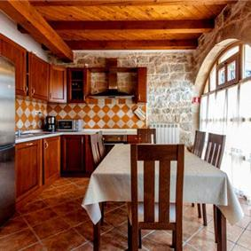 3 Bedroom Villa with Plunge Pool near Vrsar - Istria, sleeps 5