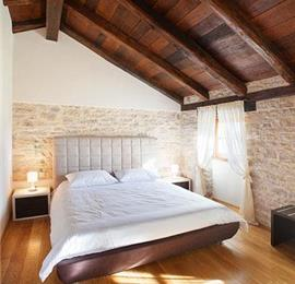 Large 7 Bedroom Istrian Villa Estate with Pool near Groznjan, Sleeps 14-19