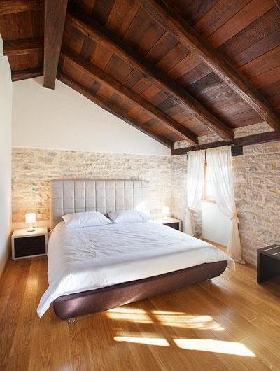 Large Istrian Villa with Pool near Groznjan, Sleeps 14