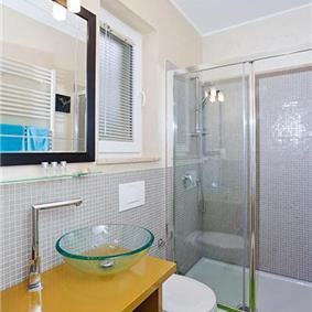 3 Bedroom Villa with Pool near Rovinj, sleeps 6-7